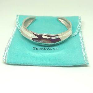 Auth. Tiffany & Co. Silver Leaf Bracelet